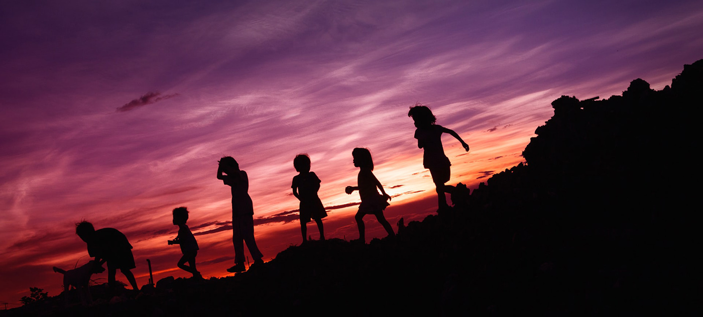 rene-bernal-kids-sunset